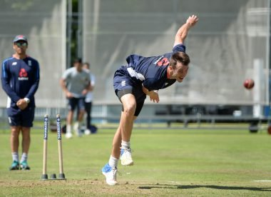 Toby Roland-Jones: How I Bowl