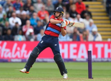 Jos Buttler signs up for Big Bash League with Sydney Thunder