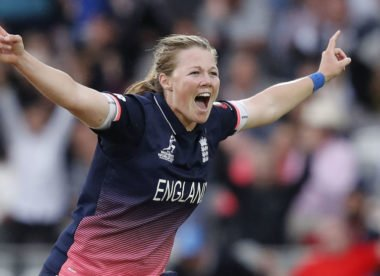 How to bowl the perfect yorker with Anya Shrubsole