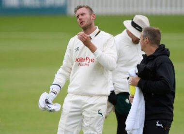 County oddities: Broad collides with teammate, Siddle breaks bat in beanie