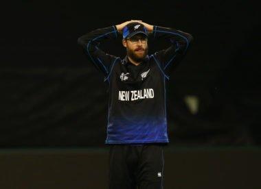 IPL: Bangalore coach Daniel Vettori voices frustration with bowlers