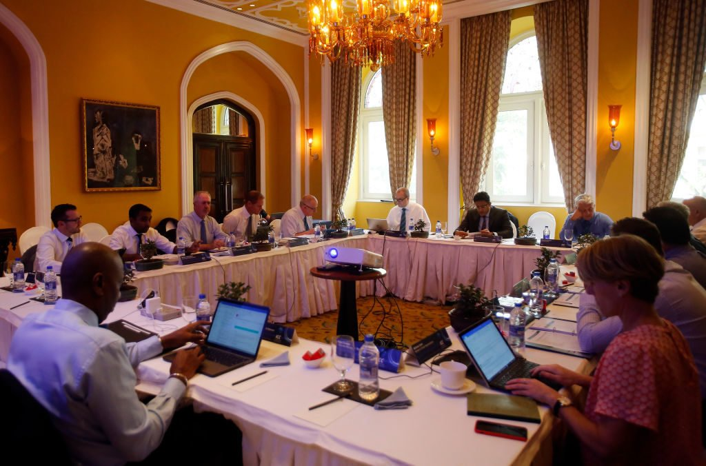 The committee urged members to prepare balanced pitches