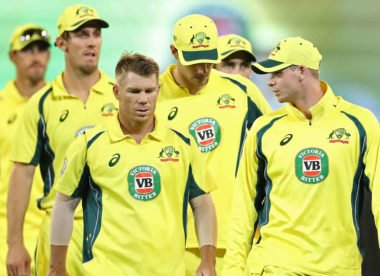 Mike Hussey expects Steve Smith and David Warner to be in World Cup squad