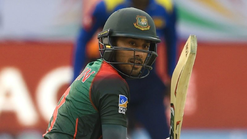 Mithun scored a crucial half-century to revive the Bangladesh innings alongside Rahim