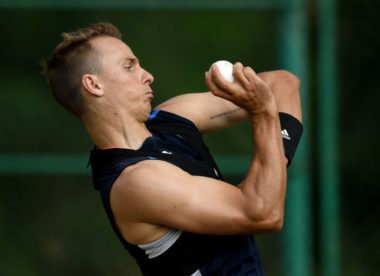 Tom Curran in line to replace Liam Dawson for third ODI