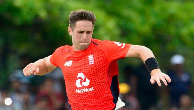 Woakes picked up the wickets of Tharanga, Chandimal and Shanaka