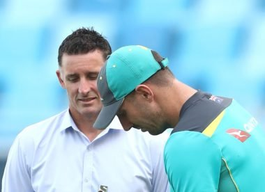 Hussey: Veteran Marsh 'can't afford to have a run like that'