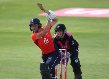 Batting at the death & creating the 'Natmeg' – coaching tips with Nat Sciver