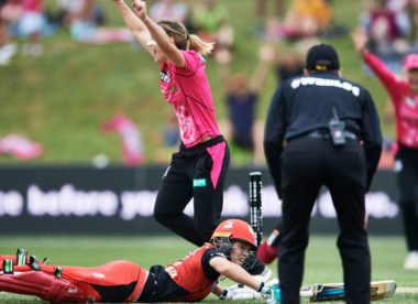 Watch: Last-ball fielding brilliance studs both WBBL semis