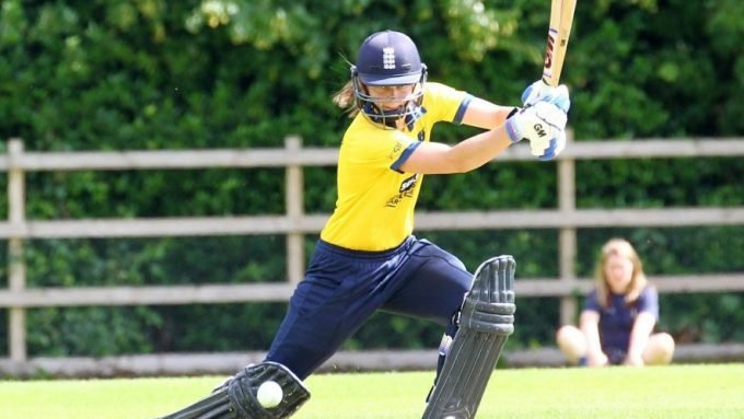 Winfield, Jones stranded in Australia due to Covid-19 restrictions