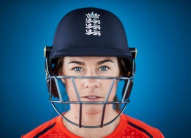 'Certainly didn't want to get gloves out' – Beaumont helps England triumph through adversity