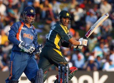 Malik says 'war' not good way to describe Pakistan-India World Cup tie