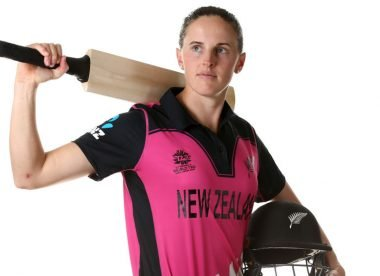 Amy Satterthwaite announces break from cricket to have first child