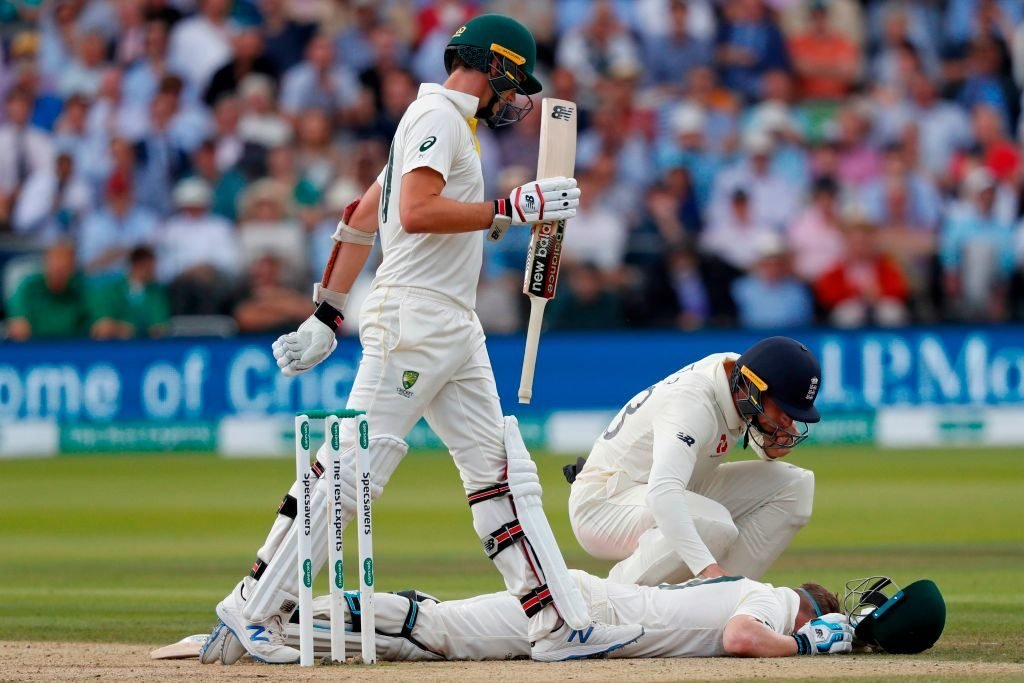Smith took a hit from an Archer bouncer