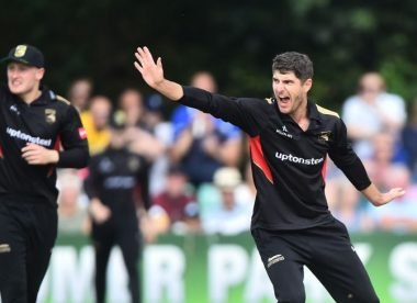 Ackermann's 7-18 creates new T20 world record