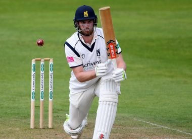 'Difficult to look past' –Giles pushes for Sibley's England selection