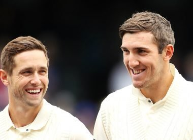 Overton replaces Woakes for fourth Ashes Test, Root backs 'quality' Roy