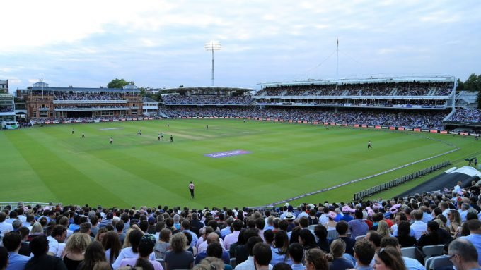 Gordon Hollins to leave role as managing director of county cricket