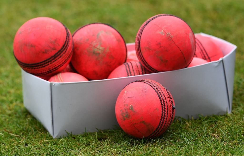 Sachin Tendulkar urged batsmen to practice with old and new pink balls in the nets