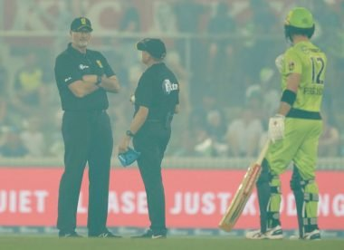 BBL clash in Canberra abandoned due to poor air quality