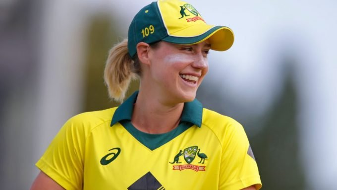Ellyse Perry responds to M Vijay's wish to have dinner with her