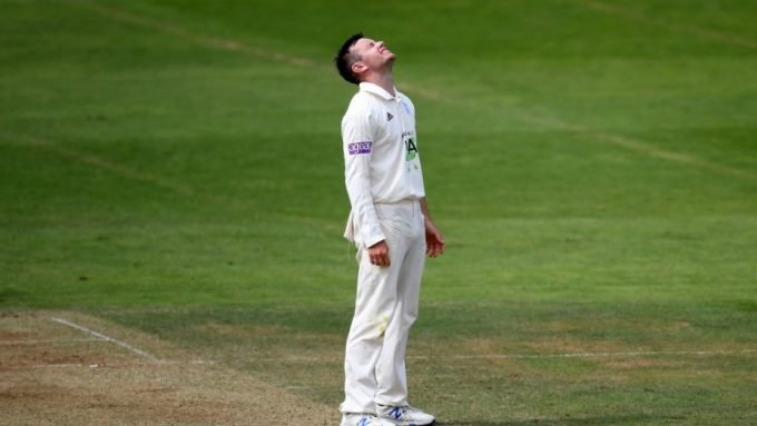 How does a leg-spinner get a stress fracture?