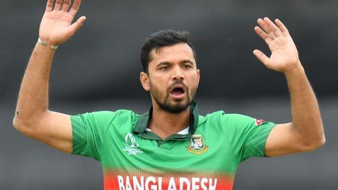 Bangladesh board offers Mashrafe Mortaza 'grand farewell', but he isn't interested