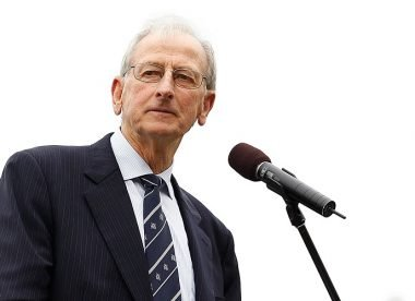 Bill Lawry: Stout-hearted and a splendid team man – Almanack