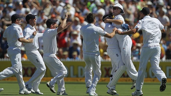 When Trott's rocket arm set the tone for England in the 2010/11 Ashes series