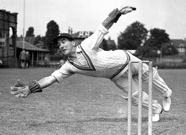 Godfrey Evans: A wicketkeeping great & a symbol of happier times – Almanack
