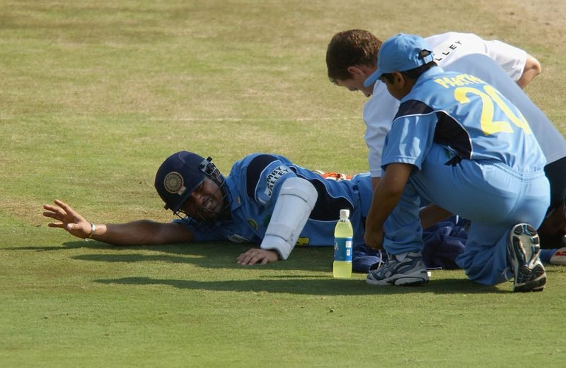 Sachin Tendulkar suffered a bout of cramps, and was soon dismissed for 98
