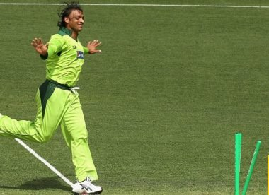 Wisden's T20 spell of the 2000s, No.1: Shoaib Akhtar's 4-11