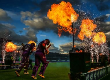 Free-hits for wides and 10-over subs: BBL considers raft of radical rule changes – report