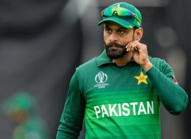 Hafeez 'did not see match-winning intent' in India's World Cup loss to England