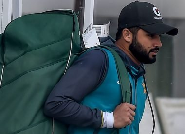 Twenty Pakistan players to travel to England on Sunday