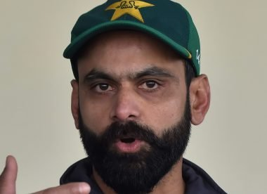 Mohammad Hafeez self-isolates after taking picture with 90-year-old woman