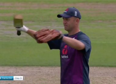Watch: Jonathan Trott almost cleans out Sky commentary team