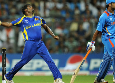 Muralitharan proposes run penalty instead of 'Mankading'