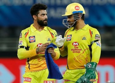 MS Dhoni criticised for bowling Jadeja in the last over against Delhi Capitals