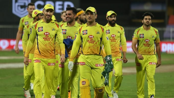 The MS Dhoni conundrum: Should CSK stick or twist?