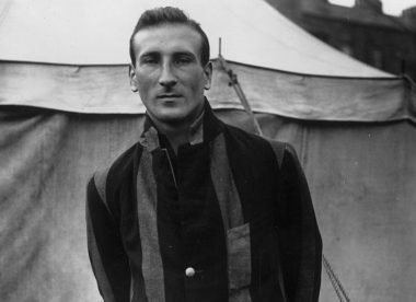 How Douglas Jardine became 'the most reliable of amateur batsmen'  – Almanack