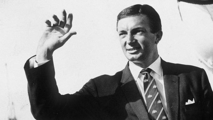 How Richie Benaud transformed Australia from ordinary to invincible – Almanack