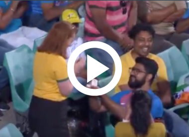 Watch: Fan proposes to girlfriend during second India v Australia ODI