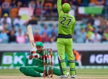 'That was a howler' – Umpiring errors prompt calls for BBL to introduce DRS