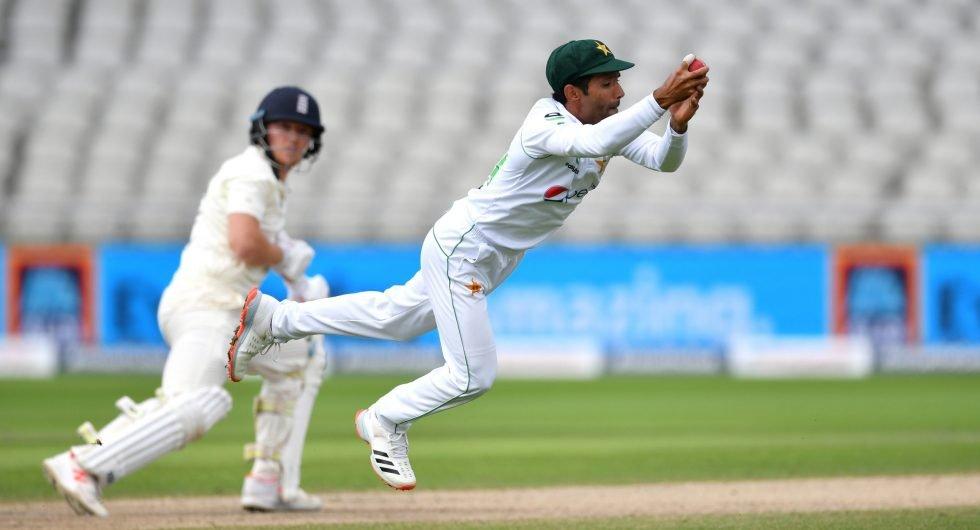Pakistan catches quiz Asad Shafiq