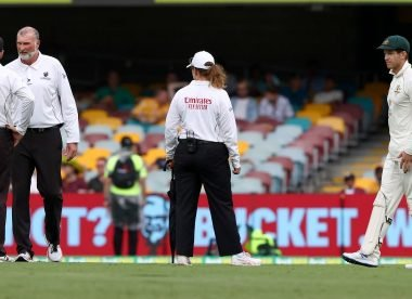 'One of the worst rules' - Australia unhappy after early stumps on day two