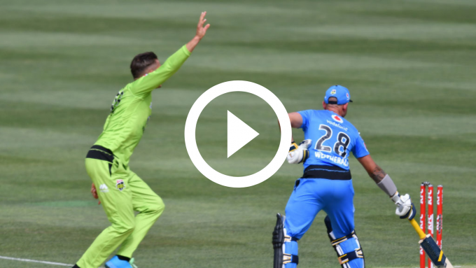 Watch: Batsman gets run out at both ends in BBL