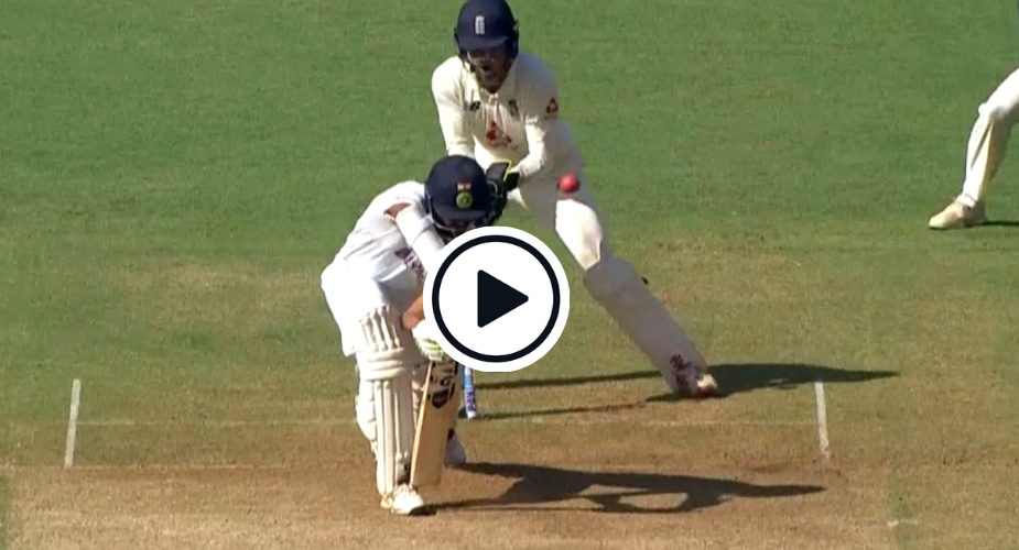 Joe Root off-break Sundar