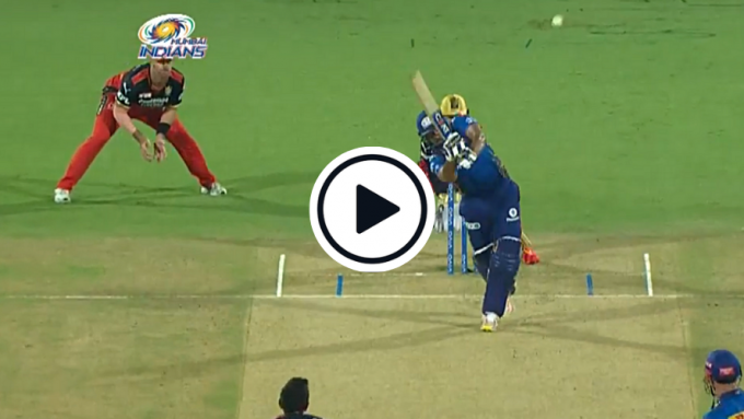 Watch: Rohit Sharma's effortless flick for first six of IPL 2021