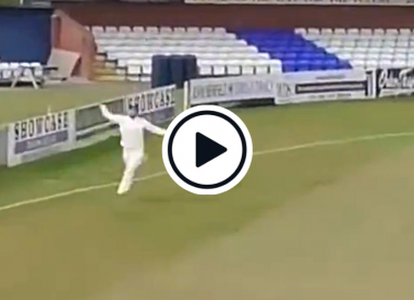 Watch: South Africa's Dane Paterson plucks one-handed boundary screamer out of the air in County Championship